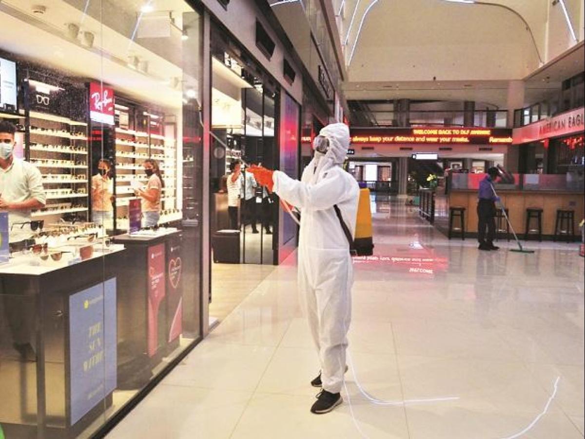 Malls & Showrooms